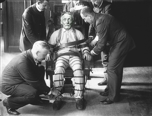Albert Fish was executed by electric chair at 11.06pm on January 16, 1936.