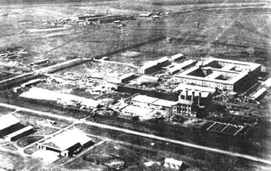 The Unit 731 complex. Two prisons are hidden in the center of the main building.