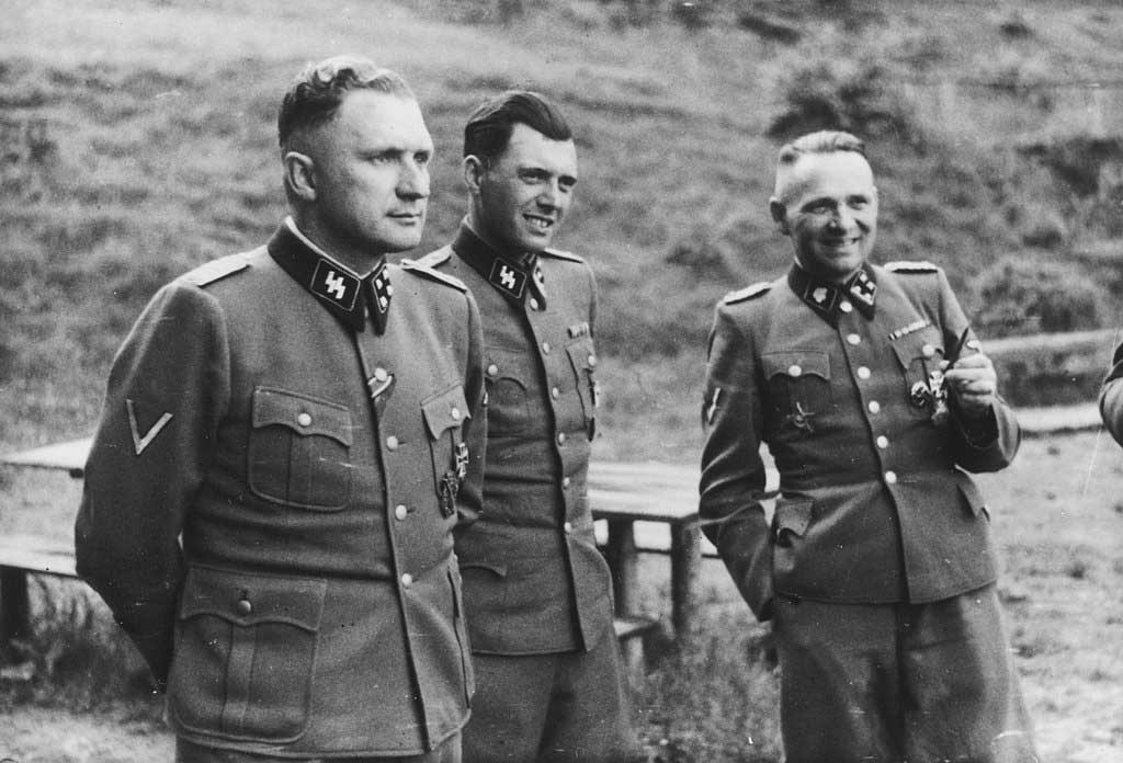 Richard Baer, Josef Mengele and Rudolf Höss at Auschwitz, 1944.