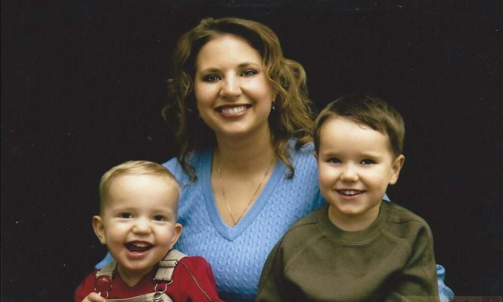 Susan Powell and her children
